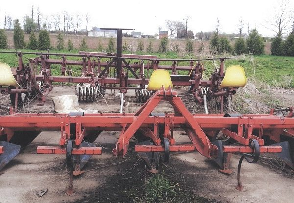 4 Row Gruse Potato Hiller